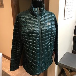 NWT The North Face Jacket Size XL Dark Spruce